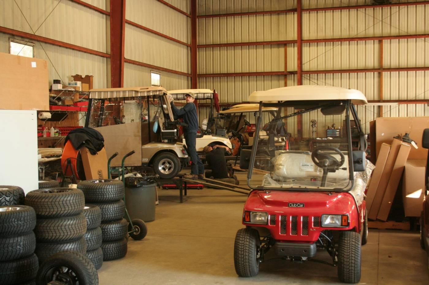 Gulf Atlantic Vehicles Shop with mechanic